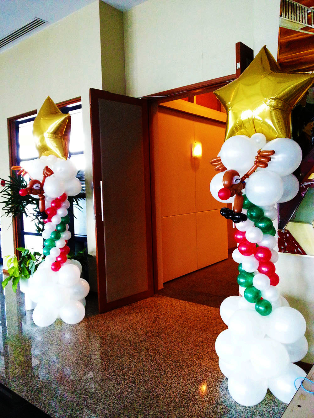 , Balloon Columns, Singapore Balloon Decoration Services - Balloon Workshop and Balloon Sculpting