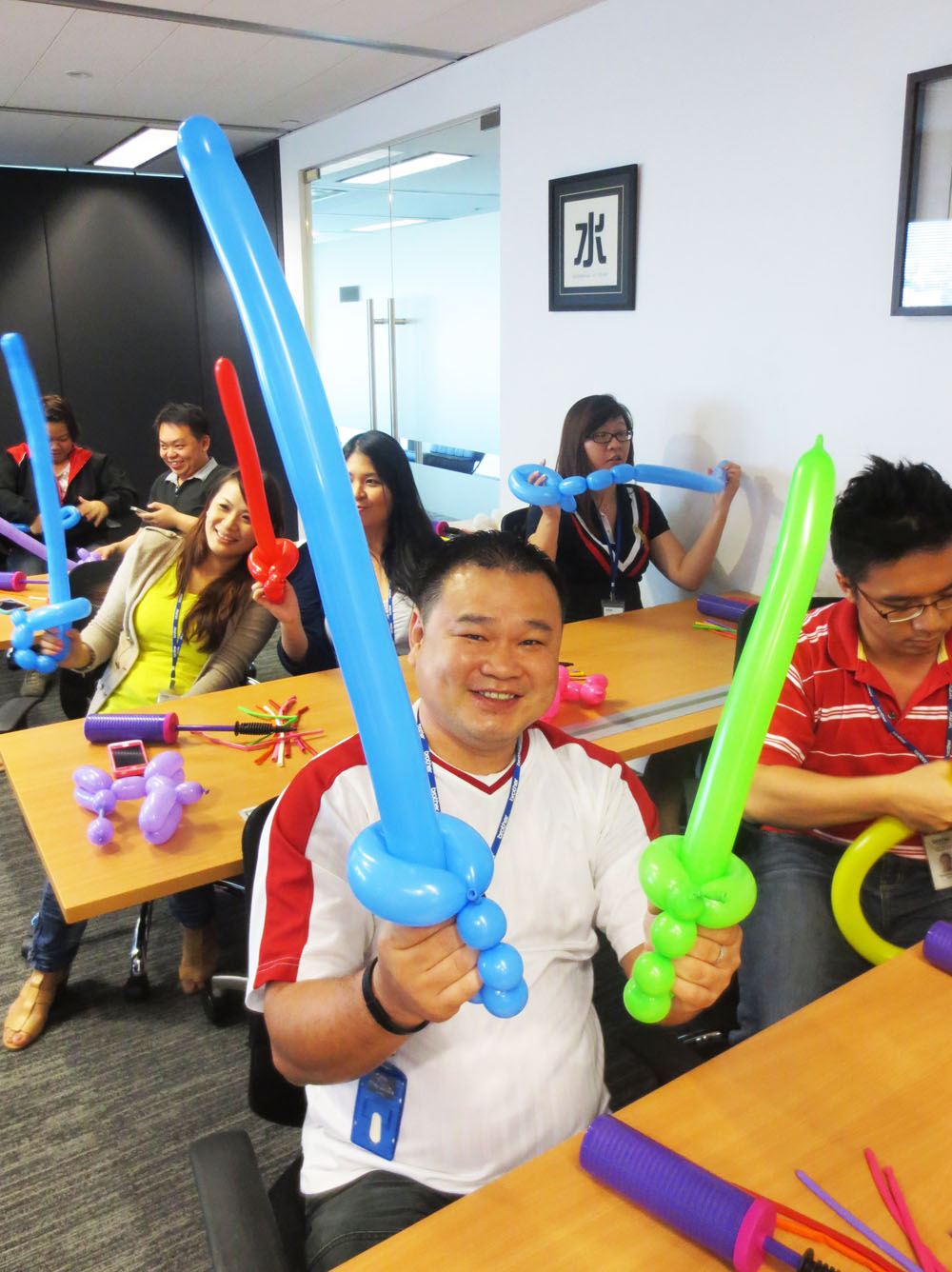 , A quick recent update of what Artsyballoons have been doing!, Singapore Balloon Decoration Services - Balloon Workshop and Balloon Sculpting