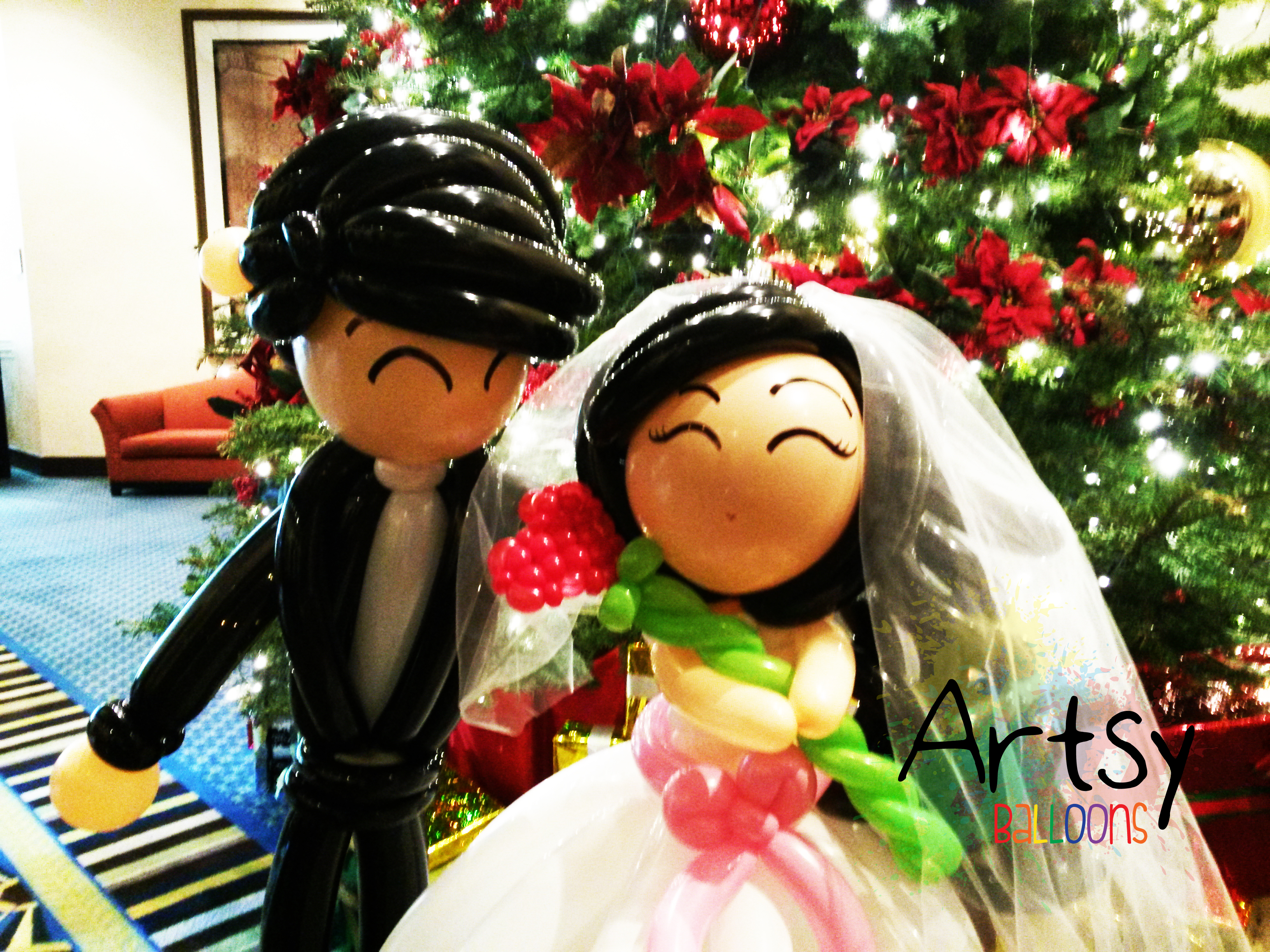 , Wedding couple for a pair of newlyweds!, Singapore Balloon Decoration Services - Balloon Workshop and Balloon Sculpting