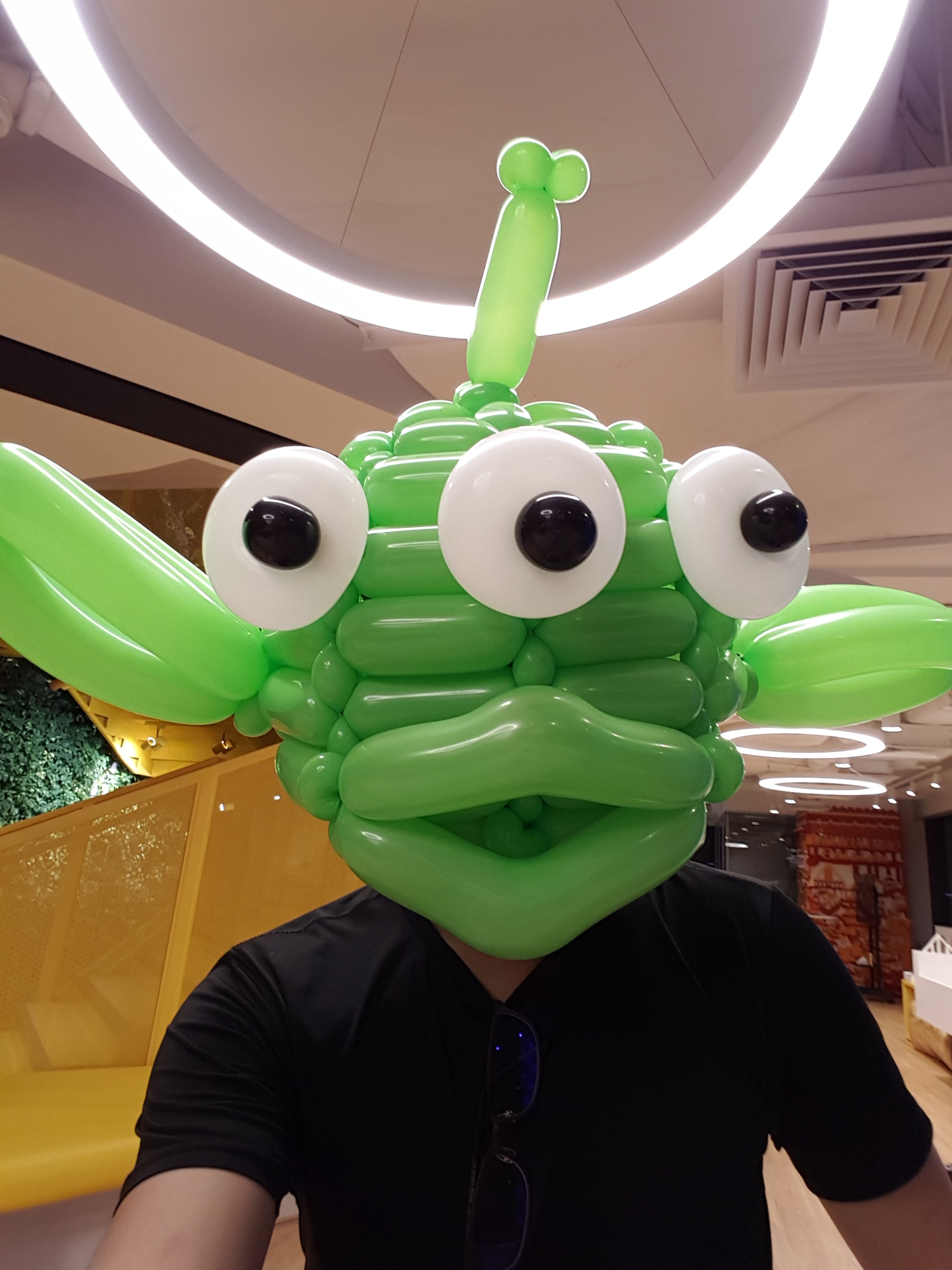 , Balloon decorations for Lego Singapore, Singhub, Singapore Balloon Decoration Services - Balloon Workshop and Balloon Sculpting