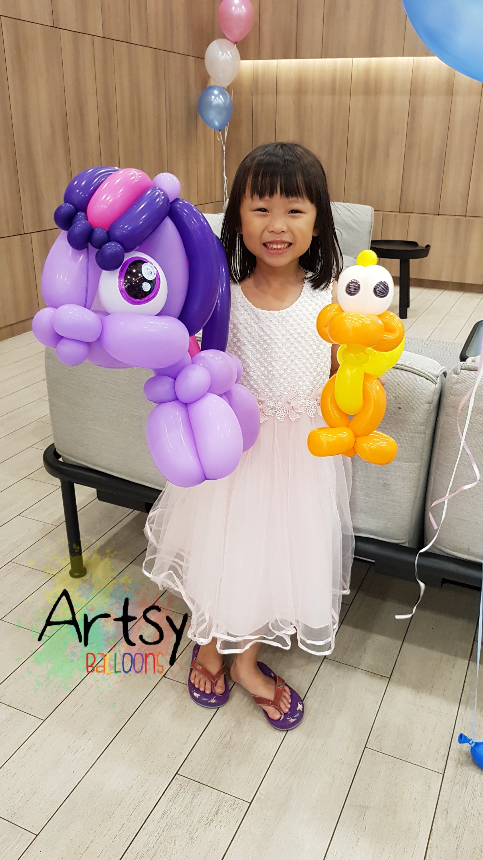 , Cartoon Twisting, Singapore Balloon Decoration Services - Balloon Workshop and Balloon Sculpting
