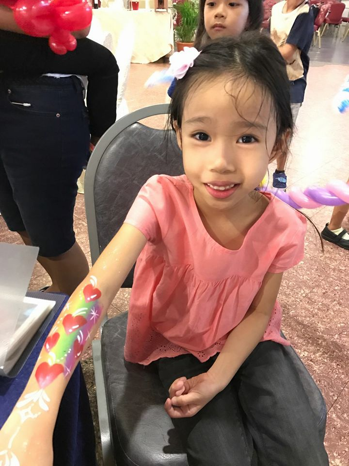 , Face Painting (Singapore), Singapore Balloon Decoration Services - Balloon Workshop and Balloon Sculpting