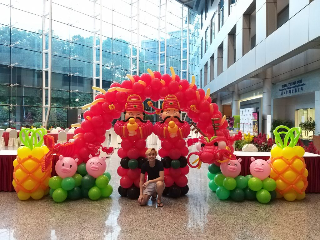 , 8 Types Of Chinese New Year Balloon Decorations, Singapore Balloon Decoration Services - Balloon Workshop and Balloon Sculpting
